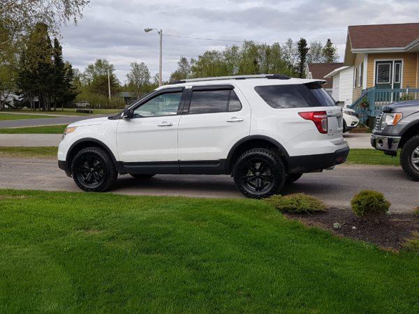 275/50R20 OEM wheels